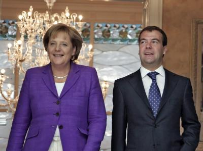 Merkel trifft Medwedew