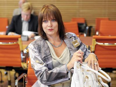Die Freie Union von Gabriele Pauli will per Eilantrag in Karlsruhe ihre Zulassung zur Bundestagswahl erzwingen.