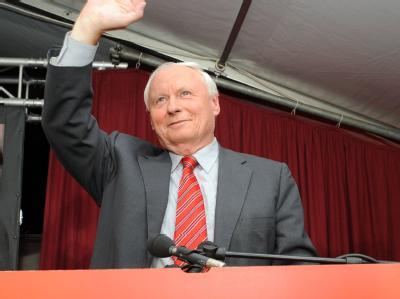 Oskar Lafontaine und seine Partei legen in den Umfragen zu.