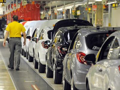 Fahrzeuge vom Typ Opel Corsa werden am 04.05.2009 im Opel-Werk im thüringischen Eisenach montiert.