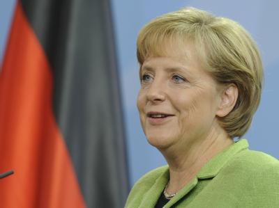 Bundeskanzlerin Angela Merkel äußert sich zu den Entwicklungen um das Unternehmen Opel.