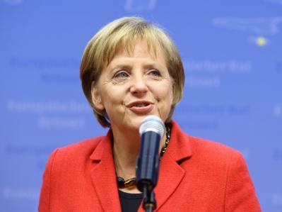 Angela Merkel zeigt sich bei der abschließenden Pressekonferenz in Brüssel zufrieden.