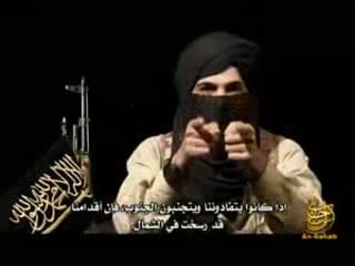 Der Bonner Islamist Bekkay Harrach, der sich Abu Talha nennt, in einer seiner Videobotschaften (Archiv).