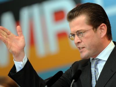 Karl-Theodor zu Guttenberg, die «Allzweckwaffe» der Union, ist als Verteidigungs-, Wirtschafts- oder Finanzminister im Gespräch.