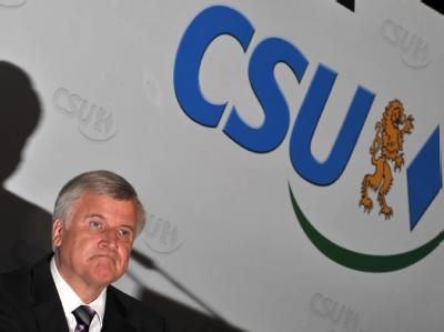 Der CSU-Parteivorsitzende Horst Seehofer hat das schlechteste Ergebnis der Partei seit 1949 bei einer bundesweiten Wahl eingefahren.