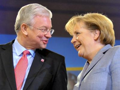 Bundeskanzlerin Merkel und Hessens Ministerpräsident Koch Mitte Januar bei einer Wahlkampfveranstaltung in Frankfurt am Main.