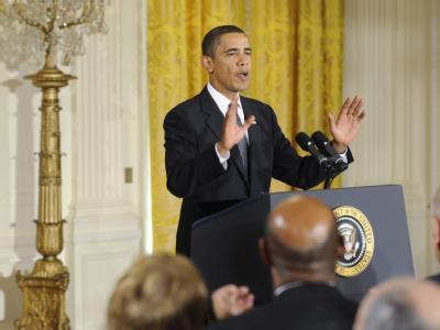 Defensive Geste: Selten ist so viel Häme auf einen Friedensnobelpreisträger niedergeprasselt wie auf Barack Obama.