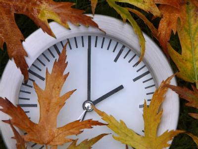 In Deutschland ist die Sommerzeit zu Ende gegangen. Die Uhren wurden eine Stunde zurückgestellt.