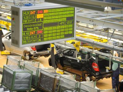 Arbeit bei Daimler nur noch nach Blutprobe? Die Endproduktion der A-Klasse im Mercedes-Benz-Werk Rastatt (Archiv).