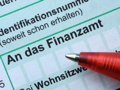 Bundeskanzlerin Merkel hat wachsende Zweifel an der für 2011 angestrebten großen Steuerreform zurückgewiesen. (Symbolbild)