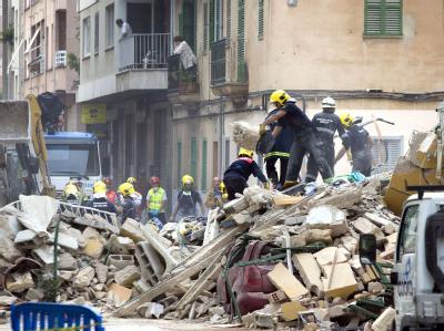In Palma de Mallorca ist ein Wohnhaus eingestürzt.
