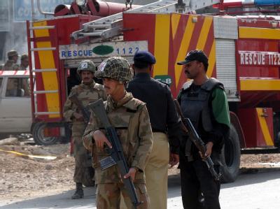 Die pakistanische Garnisonsstadt Rawalpindi ist von einem Sprengstoffanschlag erschüttert worden.