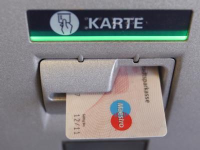 Die Sparkassen bemühen sich um Schadensbegrenzung.