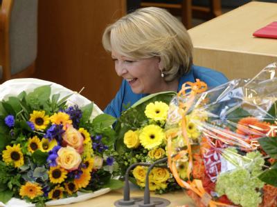 Hannelore Kraft freut sich über ihre Wiederwahl. Foto: Roland Weihrauch