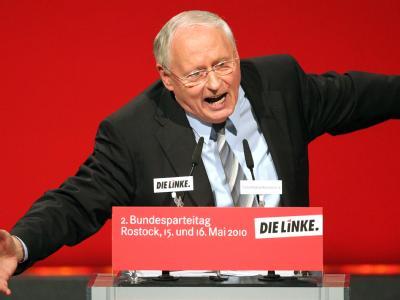 Die letzte Rede des scheidenden Vorsitzenden der Linkspartei Oskar Lafontaine.
