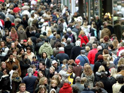 Deutschland verliert zwei Plätze in der Rangfolge der bevölkerungsreichsten Länder. Die Bundesrepublik belegt jetzt den 16. Rang.