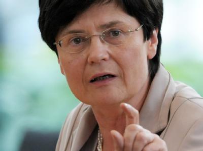 Thüringens Ministerpräsidentin Christine Lieberknecht versteht weder Zeitpunkt noch Inhalt der Steuersenkungsdebatte und zweifelt an deren Sinn und Notwendigkeit. (Archivbild)