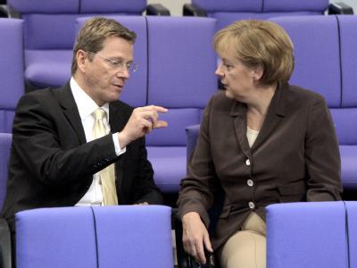 Die Freundschaft zwischen Angela Merkel und Guido Westerwelle ist abgekühlt.