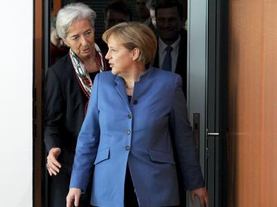 Bundeskanzlerin Angela Merkel spricht sich bei Strauss-Kahn-Nachfolge für die französischen Finanzministerin Christine Lagarde aus.