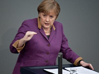 Der Unionsstreit um das Betreuungsgeld entwickelt mehr Dramatik als sich die Kanzlerin das angesichts der Probleme um Euro und Energie wohl vorgestellt hat. Foto: Robert Schlesinger/Archiv