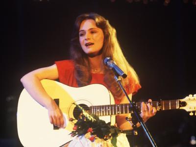 Erst einmal stand beim Grand Prix eine deutsche Künstlerin ganz oben - 1982 Nicole mit dem Lied «Ein bißchen Frieden».