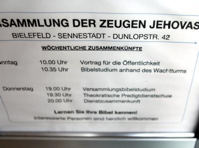Informationstafel der Zeugen Jehovas