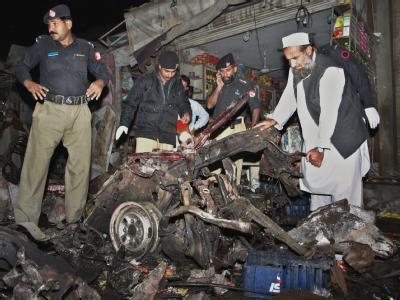 Bei einem erneutem Selbstmordanschlag im Nordwesten Pakistans sind mehr als 30 Menschen getötet worden.