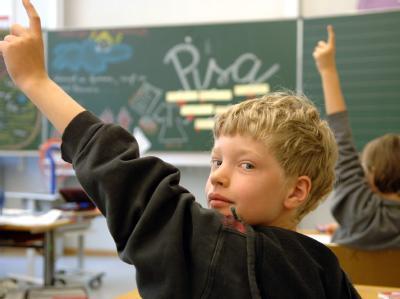 Trotz besserer PISA-Ergebnisse liegen die getesteten 15-Jährigen immer noch weit hinter Spitzenländern wie Finnland.