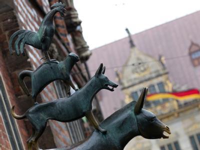 Die Bremer Stadtmusikanten am Rathaus in Bremen