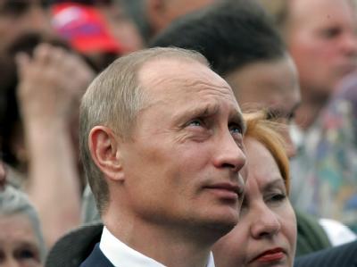 Wladimir Putin kritisiert die häufigen Demonstrationsverbote für die Opposition in seinem Land. (Archivbild)