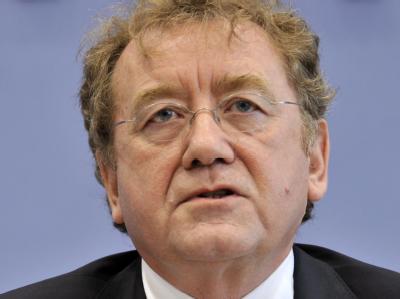 Rechnungshof-Präsident Dieter Engels sieht keinen Spielraum für Steuersenkungen (Archiv).