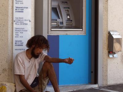 Ist die Euro-Schuldenkrise noch beherrschbar? Experten melden ernste Zweifel an. Foto: Orestis Panagiotou / Archiv
