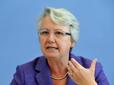 Bundesbildungsministerin Annette Schavan kann sich die Gründung von Bundesuniversitäten vorstellen.