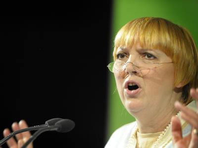 Grünen-Chefin Claudia Roth: Die Grünen wollen auf ihrem Parteitag über regierungsfähige Konzepte debattieren. (Archivbild)