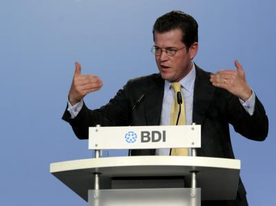 Bundeswirtschaftsminister Karl-Theodor zu Guttenberg (CSU) hält eine Koalition mit den Grünen auch auf Bundesebene für denkbar.