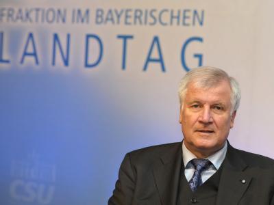 CSU-Chef Horst Seehofer hat mit kritischen Tönen zum Euro-Rettungskurs den Koalitionsstreit angeheizt.