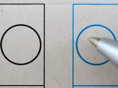 Der Stimmzettel für die Landtagswahl in Nordrhein-Westfalen. Foto: Oliver Berg