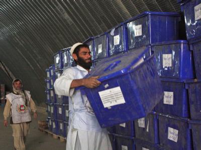 1,3 Millionen der insgesamt rund 5,6 Millionen Stimmen bei der Parlamentswahl in Afghanistan sind nicht gewertet worden.