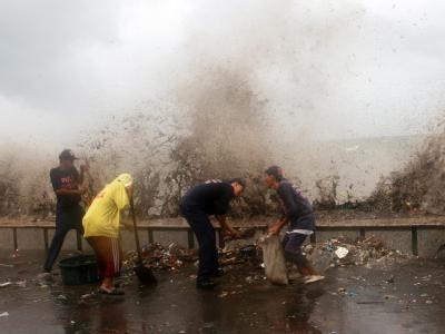 Nachdem der Taifun «Morakot» die Philippinen mit vollre Wucht getroffen hat (Foto), bereitet sich nun Taiwan auf den Sturm vor.