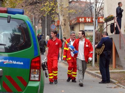 In der Universität der ungarischen Stadt Pecs hat ein Amoklauf ein Todesopfer gefordert.