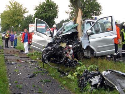 Sekundenschlaf-Unfall: Der Fahrer dieses Wagens war am Steuer eingeschlafen. Foto: Polizei/Archiv