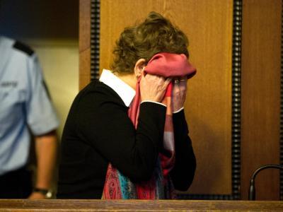 Urteil in Mönchengladbach: Sieben Jahre Haft für eine Frau, die ihren Enkel mit einem Feuer tötete. Foto: Jan-Philipp Strobel