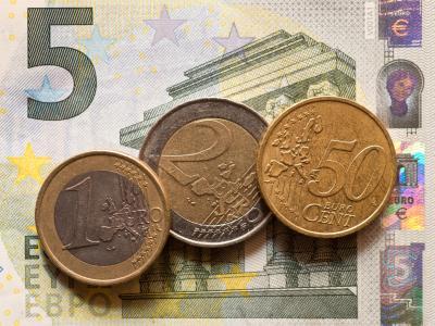 8,50 Euro:Gerade das Thema Mindestlohn gehörte zu den Knackpunkten zwischen Union und SPD. Foto: Patrick Pleul