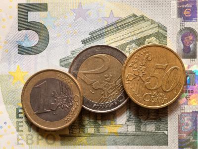 Ein Mindestlohn gehört zu den zentralen Zielen der SPD. Foto: Patrick Pleul