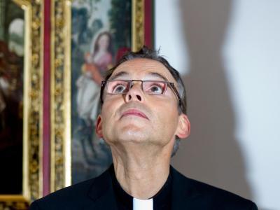 Wie geht es weiter mit dem angeschlagene Limburger Bischof nach der Audienz beim Papst? Foto: Boris Roessler/Archiv