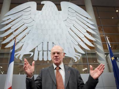 Bundestagspräsident Norbert Lammert ist in seinem Amt bestätigt worden. Foto: Stephanie Pilick/Archiv