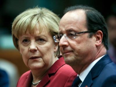 Trafen sich zu einem kurzen bilateralen Gespräch - anzunehmen, dass es dabei auch wieder um das Handy der Kanzlerin ging: Angela Merkel und Francois Hollande. Foto: Olivier Hoslet
