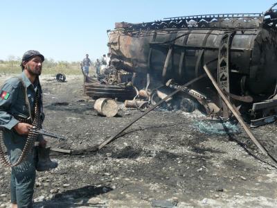 Bei einem von der Bundeswehr angeordneten Luftangriff auf zwei gekaperte Tanklastzüge in Kundus starben 2009 Dutzende Menschen, darunter viele Zivilisten. Foto:Jawed Kargar/Archiv