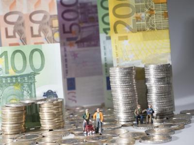Außerhalb Deutschlands lebende Rentner müssen der Rentenkasse einmal im Jahr eine sogenannte Lebensbescheinigung zusenden. Foto: Marc Müller /Archiv