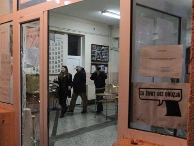 Die OSZE zog ihre Mitarbeiter aus den betroffenen Wahllokalen ab. Foto: Djordje Savic